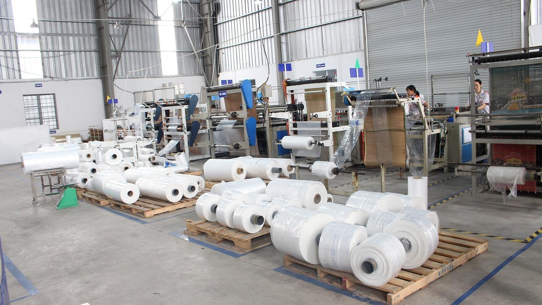 Dây chuyền sản xuất túi, màng tự động chính thức được Cương Việt đưa vào hoạt động